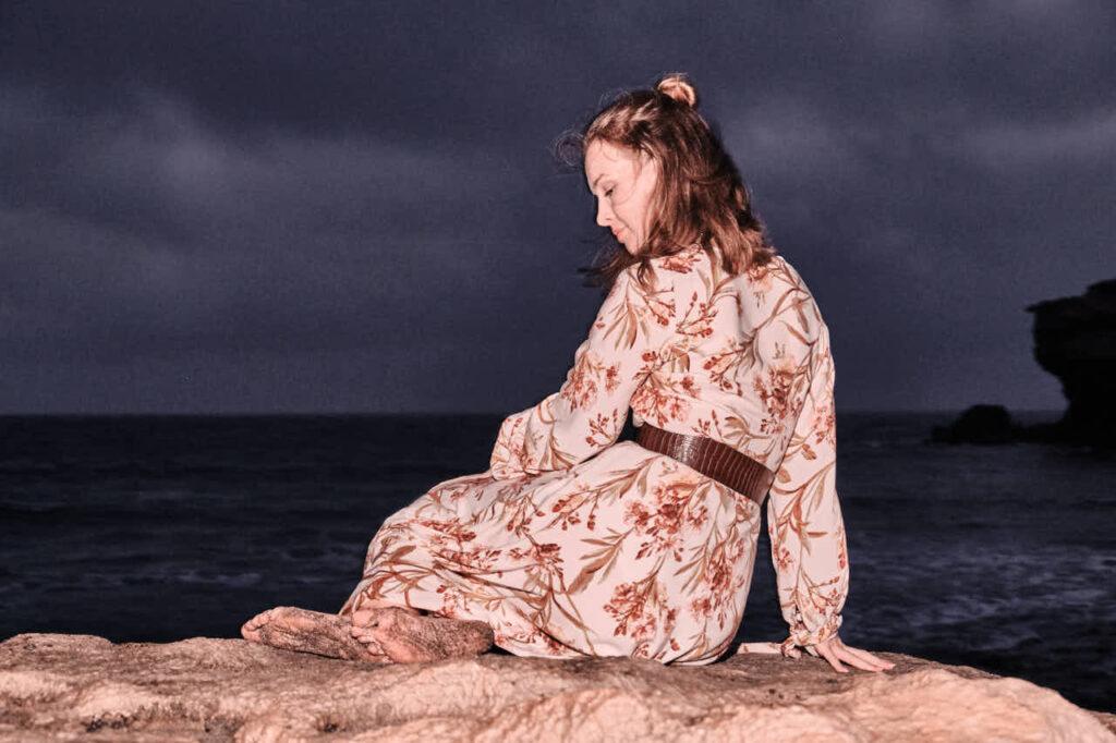 Fotograf Chris Klein fotografiert Fotos von Freundinnen auf Fuerteventura in Morro Jable in David Hamilton Blur barfuss twink gay